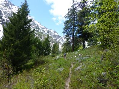 Hiking to Boulder Falls